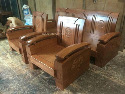 bộ bàn ghế tựa cong tay chồng xoan đào gia lai