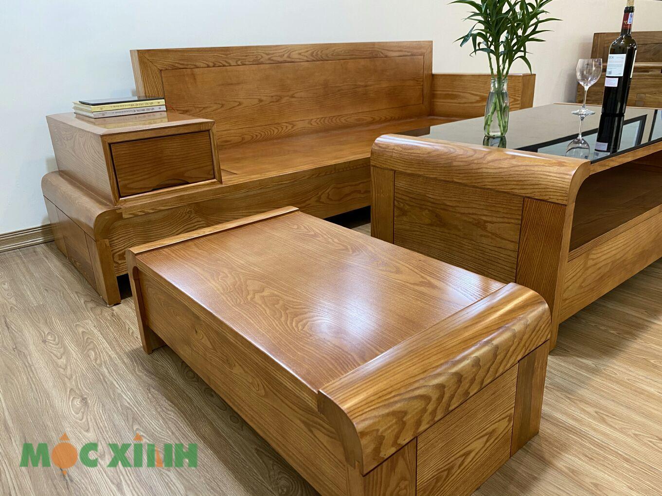 Tổng thể màu sắc của bàn ghế giúp căn nhà sang trọng hơn