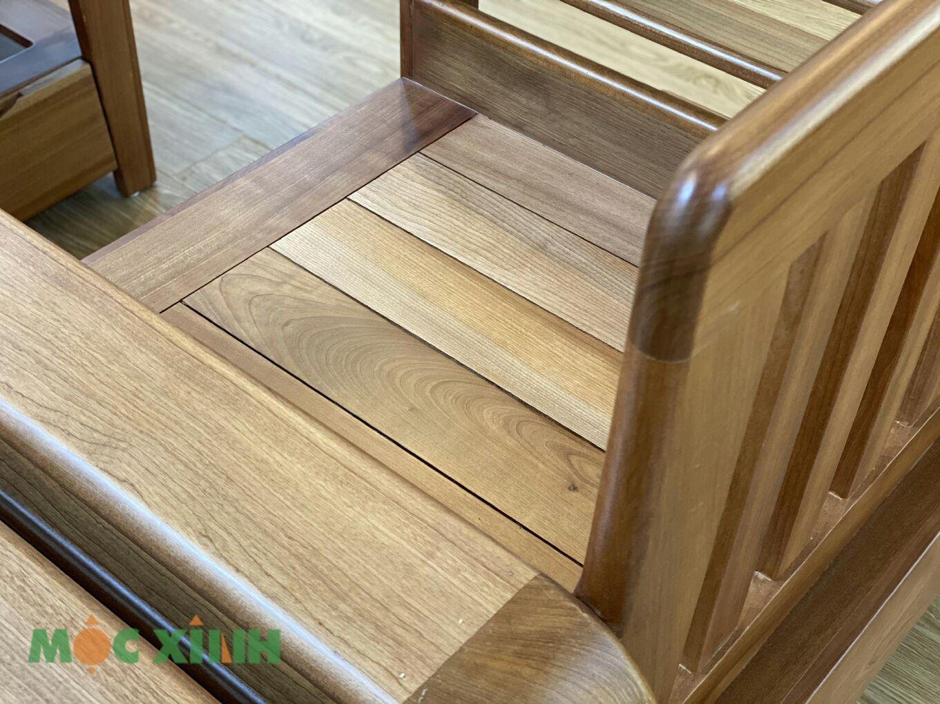 Các vân gỗ xoan có màu sắc nhẹ nhàng